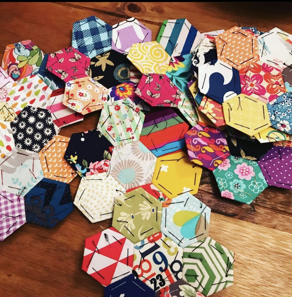 The-Stitch-Sisters-EPP-Hexagons-English-Paper-Piecing